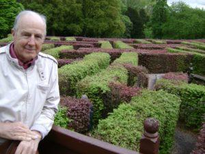 Adrian-Fisher-nel-labirinto-di-Scone-Palace